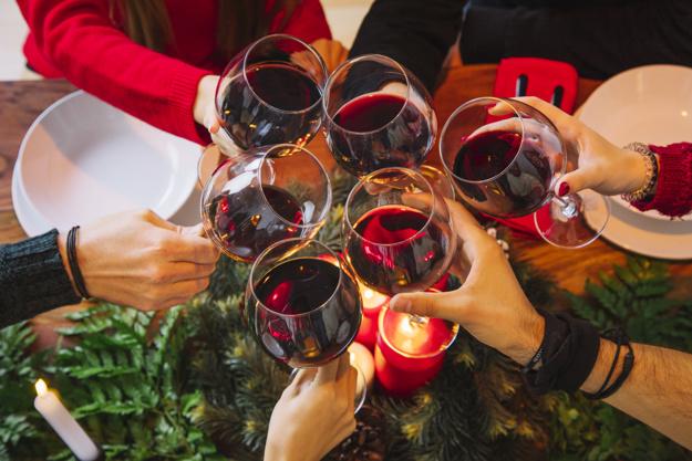 8 proposte entro i 35 euro per brindare durante le feste